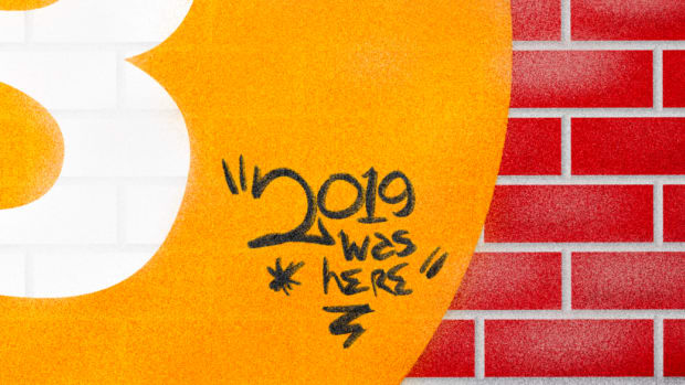 Op Ed: Three Bitcoin Trends That Left Their Mark on 2019 - A close up of a sign - Pattern M