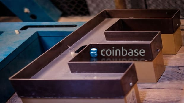 Startups - Crypto Platform Coinbase Secures $300 Million in Series E Funding Round