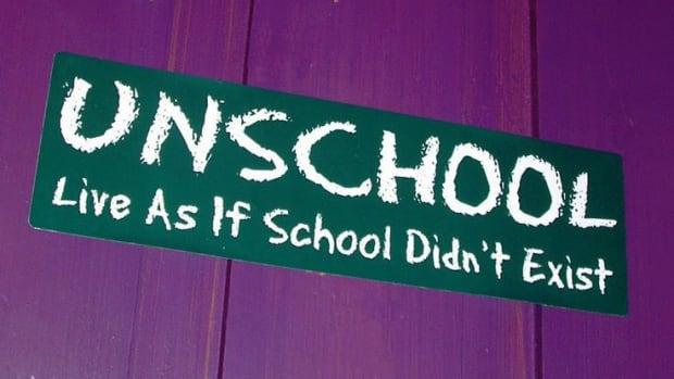 Op-ed - Unschooling: a Decentralized P2P Education Platform