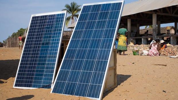 Adoption & community - Bringing Renewable Energy to the World Using Blockchain Technology