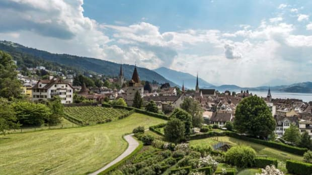 Adoption & community - Blockchain Business in Crypto Valley Has Doubled Since Last Year: Report