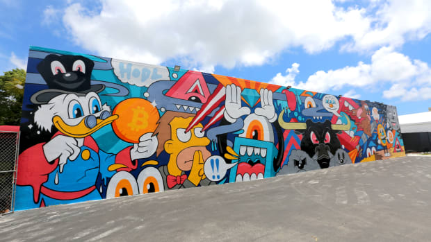 Renowned muralist Greg Mike discussed the inspiration for his iconic graffiti wall at the Bitcoin 2021 event.