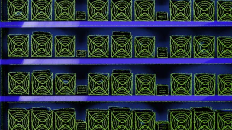 Gryphon Mining Buys 7,200 Bitcoin Mining Rigs For $48 Million