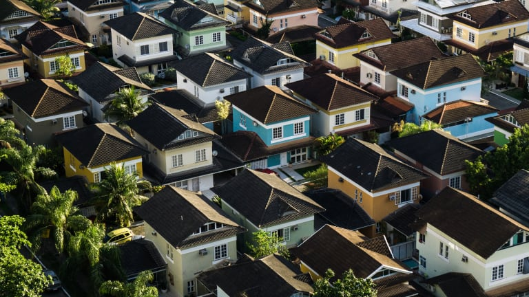 Escrow Company Issues First-Ever Bitcoin-Backed Real Estate Loan