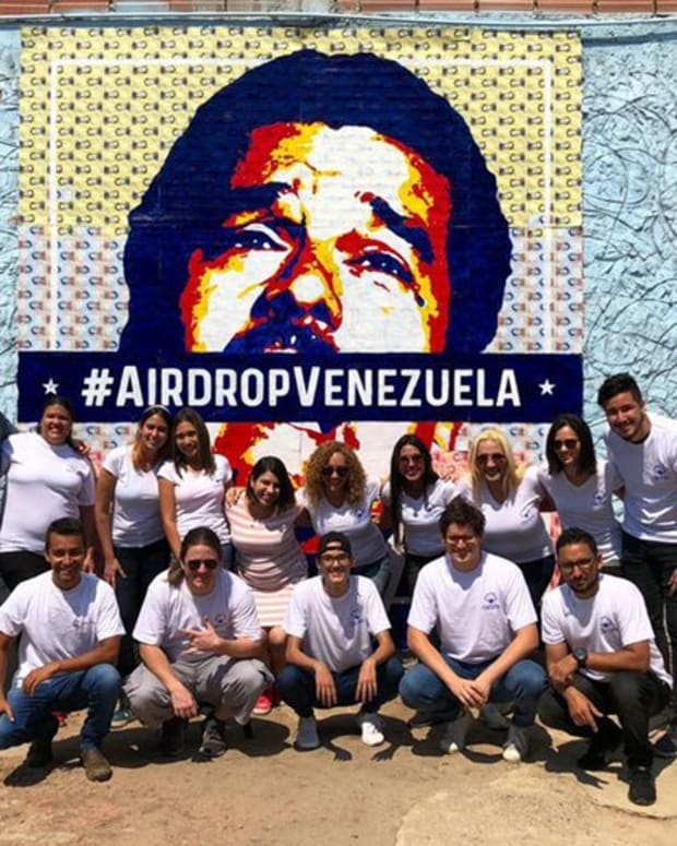 Adoption & community - This Crypto Art Auction Lets Venezuelans Dismantle Maduro Bolivar by Bolivar
