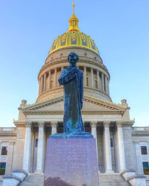Adoption - West Virginia to Offer Blockchain Voting Options for Midterms
