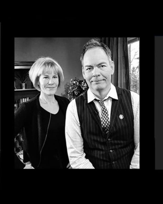 "Adoption & community - ""Economic Sovereignty"" Through Bitcoin: Max Keiser and Stacy Herbert"