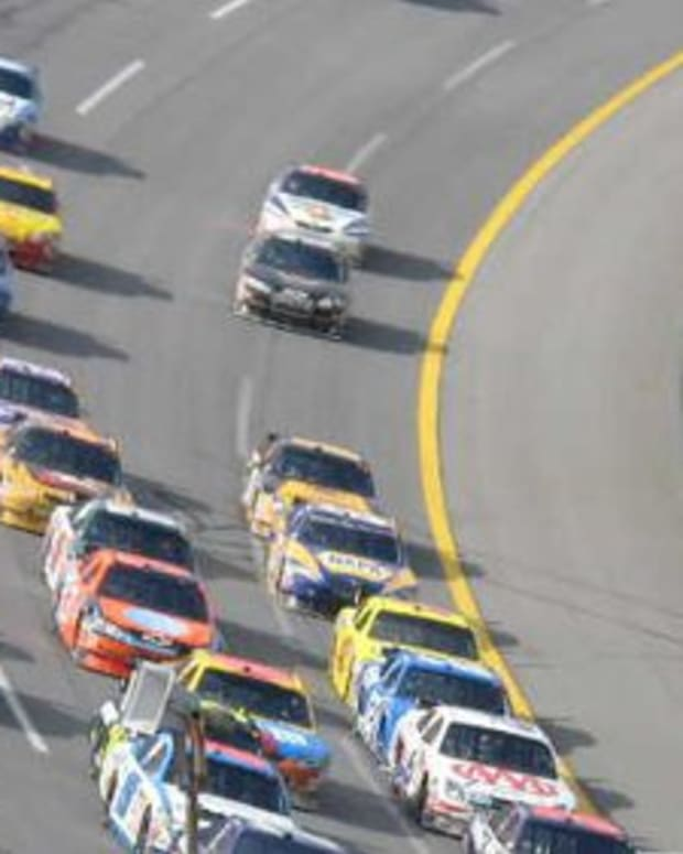 Op-ed - So Very Wow! Dogecoin Sponsors a NASCAR Racer