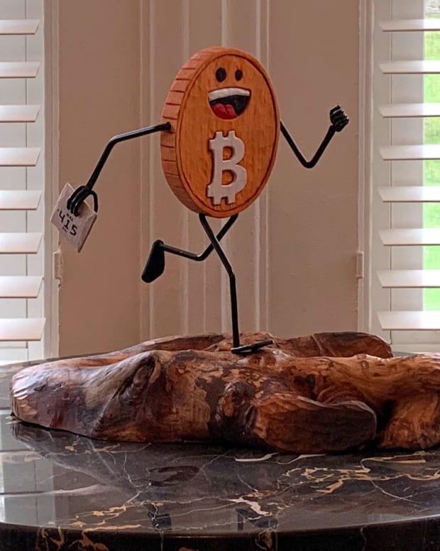 hal finney running bitcoin sculpture view