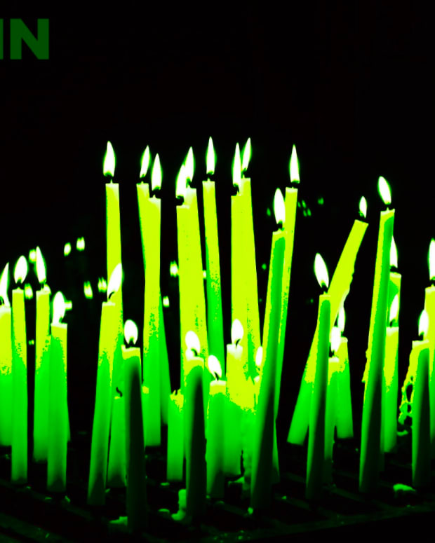 The bitcoin price rising, represented by green candles, often gets the market attention of the world.