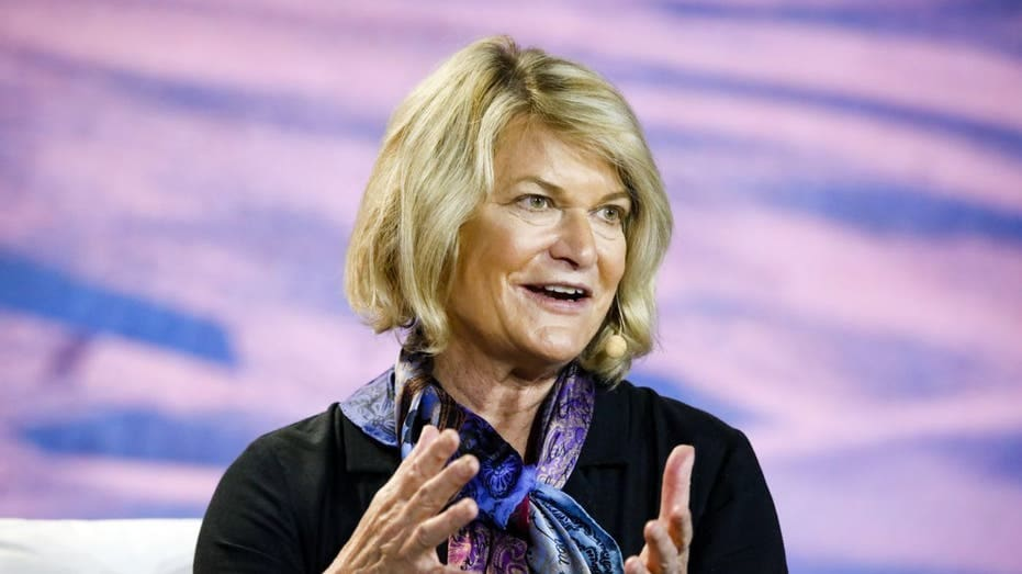 "Senator Cynthia Lummis On US Debt Limit Raise: ""Thank God For Bitcoin"""