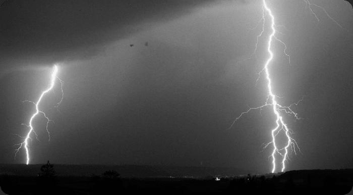 orange new deal lightning strikes