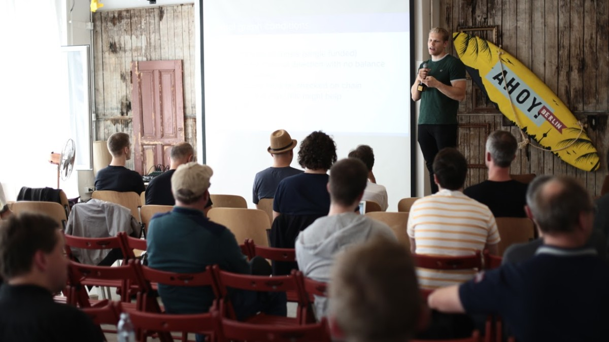 Lightning Labs developer Johan Halseth presenting in the main room at #LightningHackday.