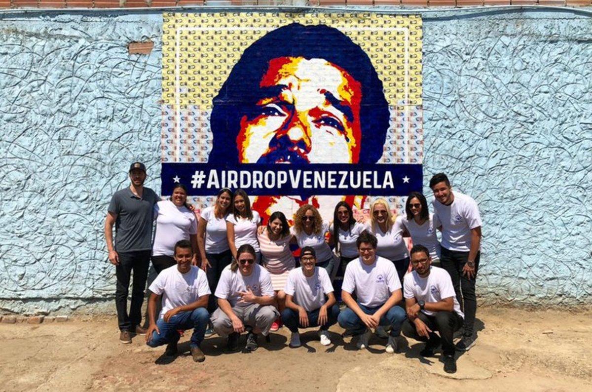 Adoption & community - This Crypto Art Auction Lets Venezuelans Dismantle Maduro Bolivar by Bolivar