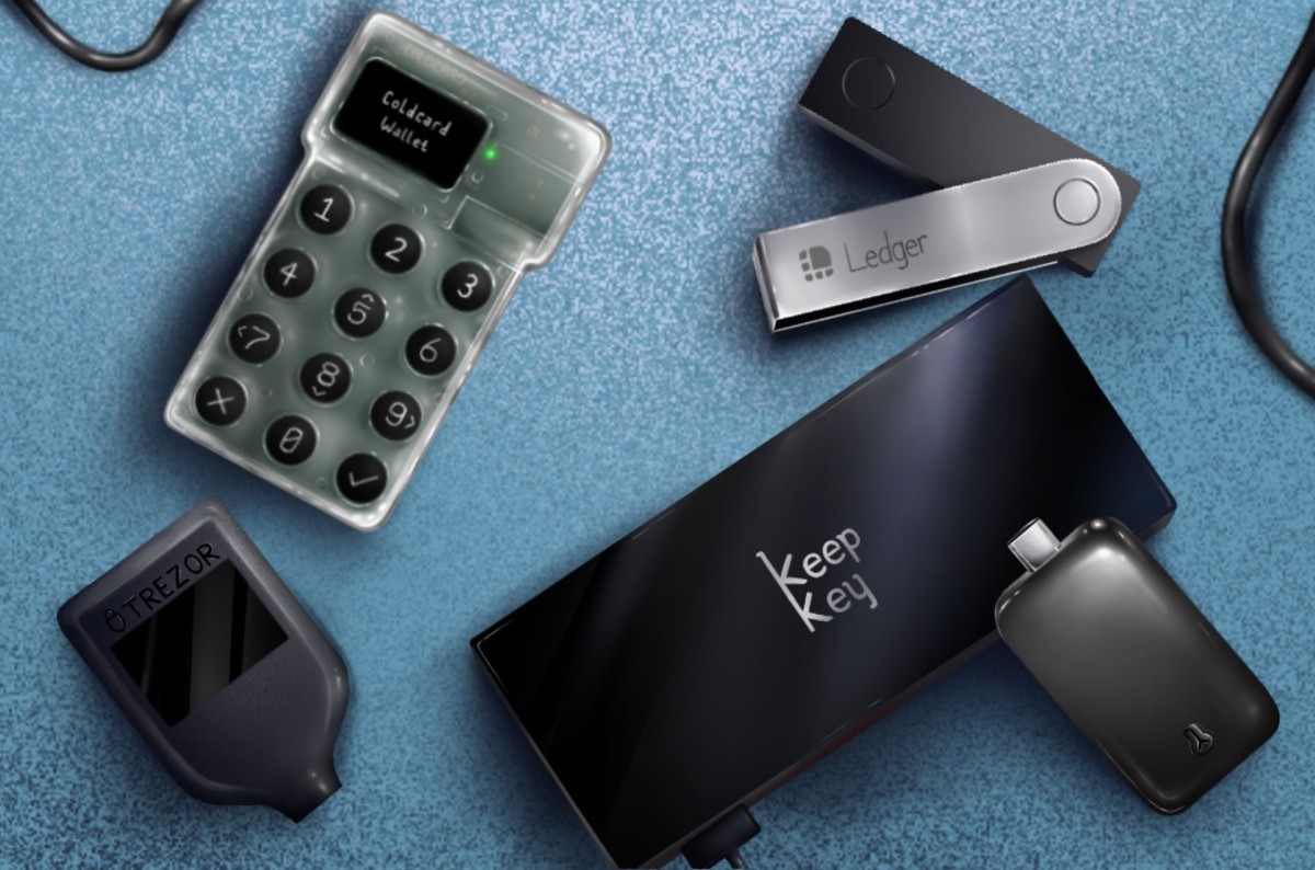 This hardware bitcoin wallet review tests the simplicity, software, verification, unique features and privacy of the Trezor Model T, Ledger Nano X, KeepKey, BitBox02 and Coldcard Mk3.