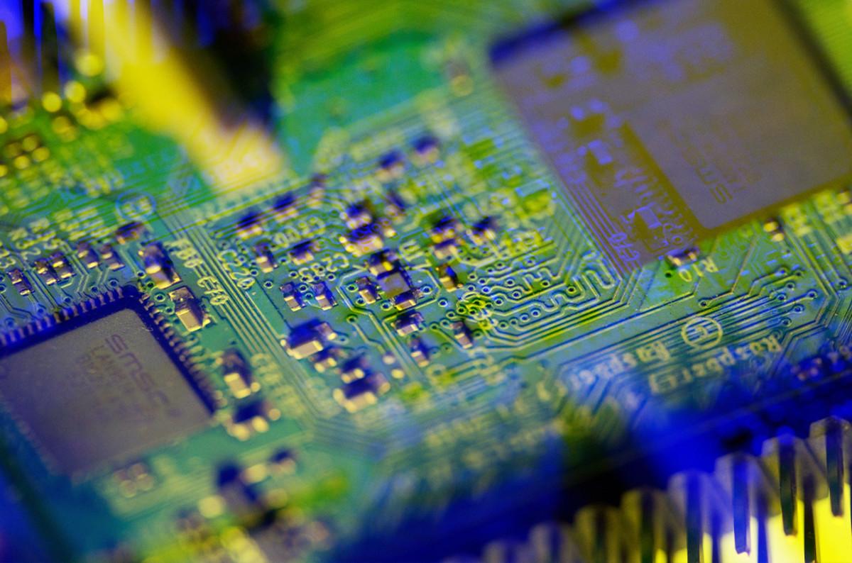 Crypto agility in quantum computing