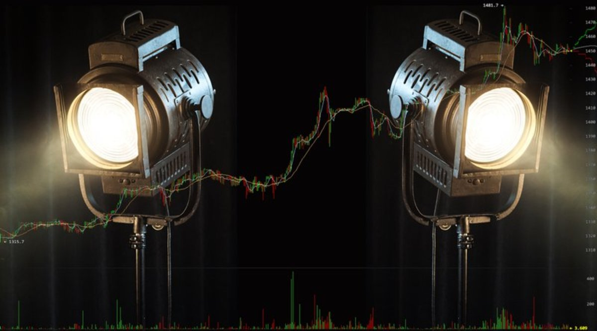 Investing - Altcoins Steal the Spotlight as Bitcoin Reaches New Highs