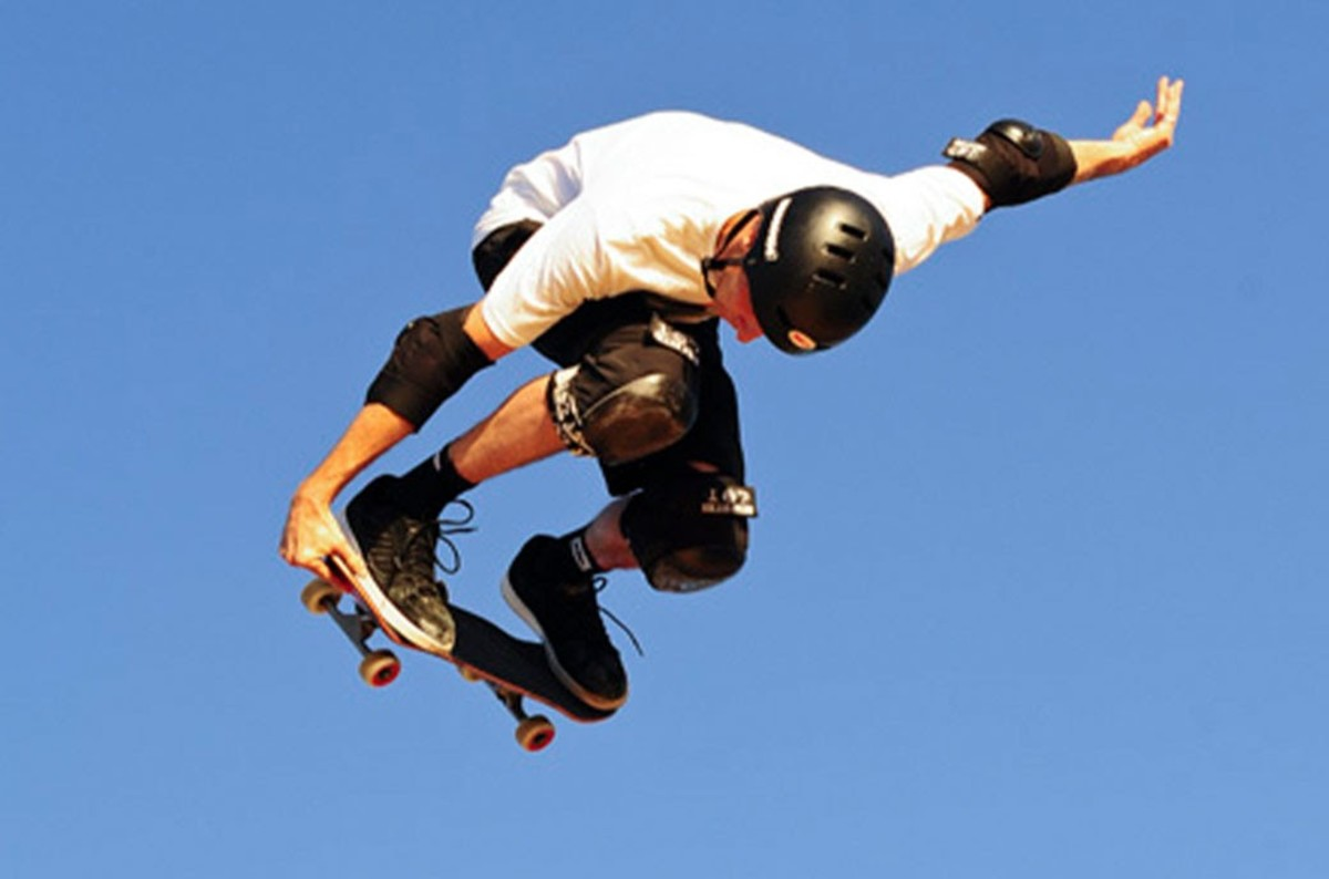 Image by Stuart Sevastos - BDO Vert Skate Jam @ McCallum Park (5/2/2012), CC BY 2.0